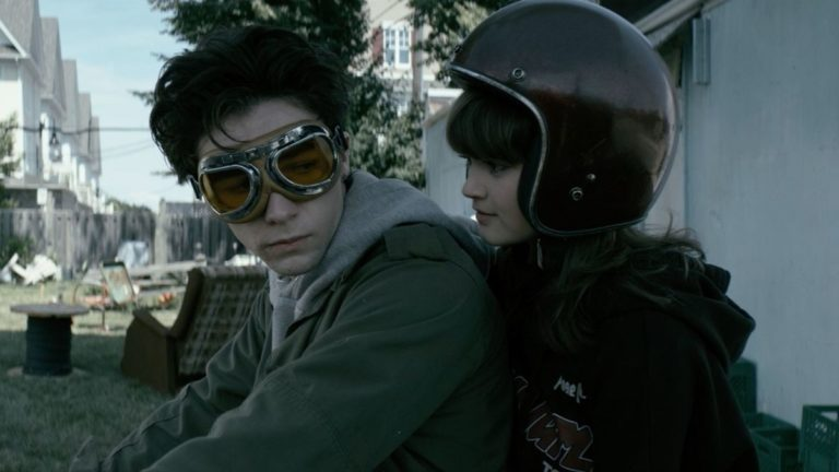YouTube's Wayne Review: A Mind-Blowing and Dark Teen Drama