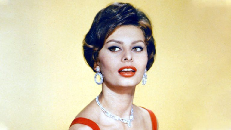 Netflix's What Would Sophia Loren Do? Review: New Age Tribute
