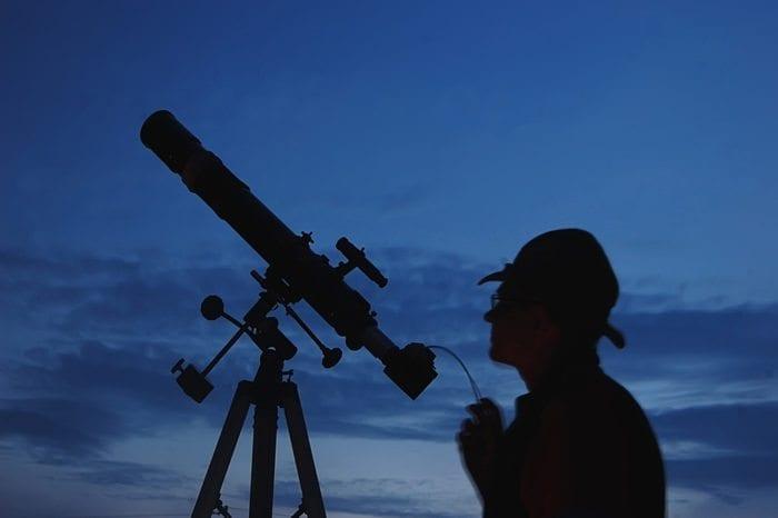 astronomer 700x466 1