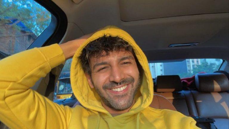 Kartik Aaryan Fans Trend #BoycottDostana2 As Reports State Karan Johar Fired Him