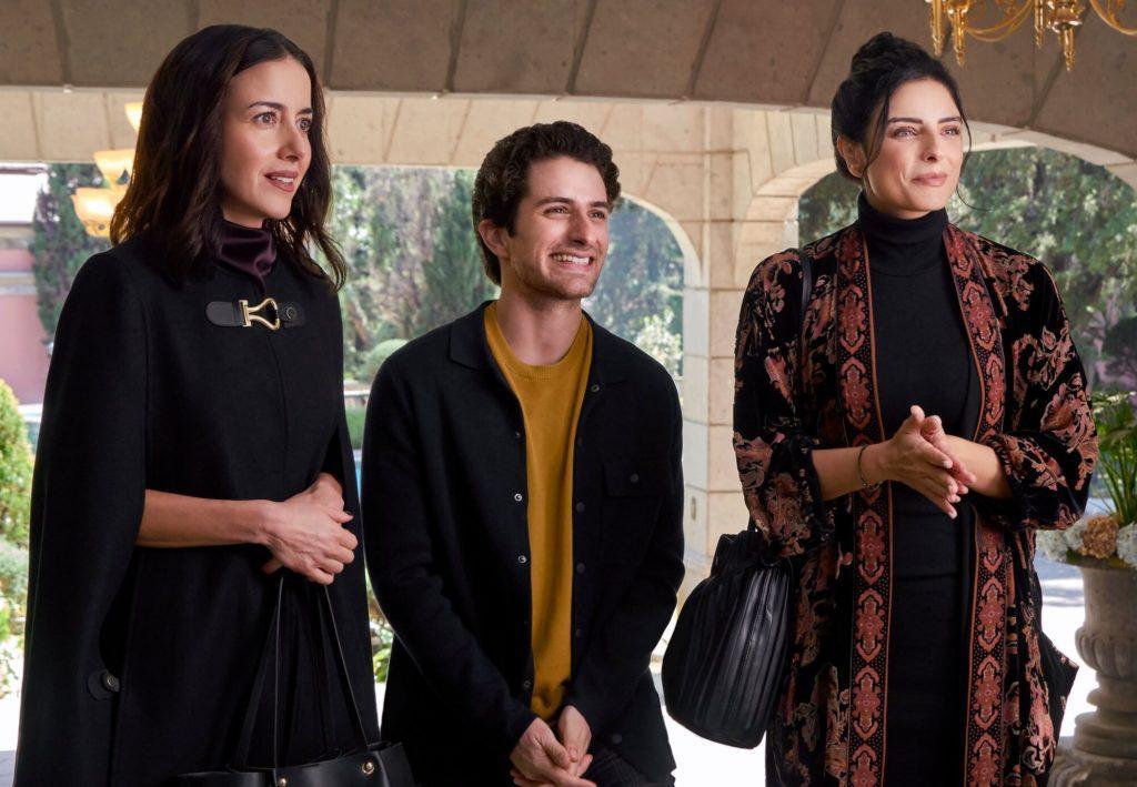 The House of Flowers: The Movie De La Mora siblings