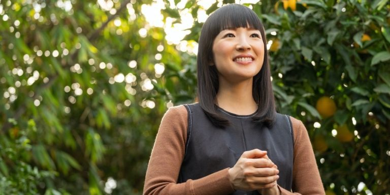 Netflix's Sparking Joy With Marie Kondo (2021) Review: Calming New Reality-TV